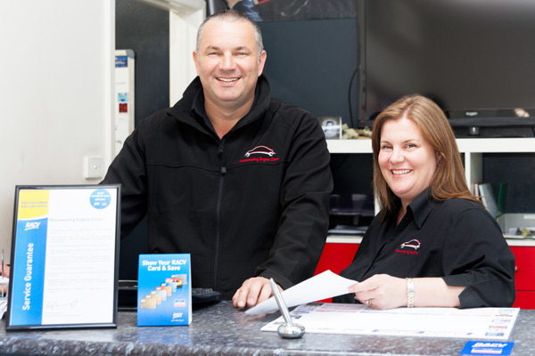 Nunawading Engine Clinic mechanic and mechanical servicing